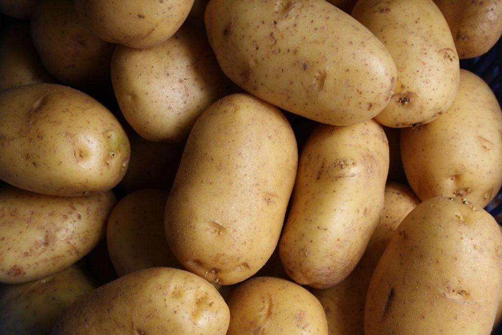 zak met aardappelen