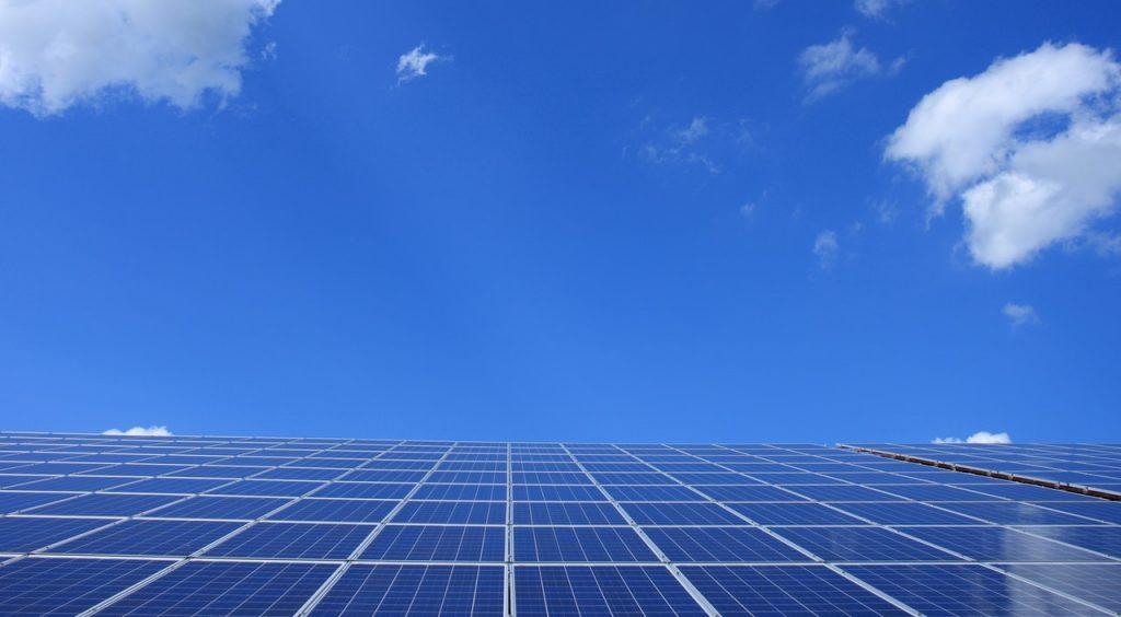 zonne-energie-zonnepaneel-thedailygreen