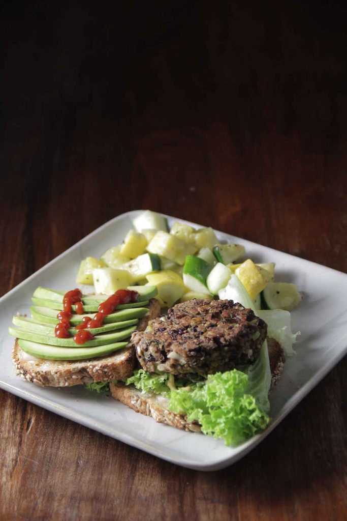 vleesvervanger-vegan-burger-thedailygreen