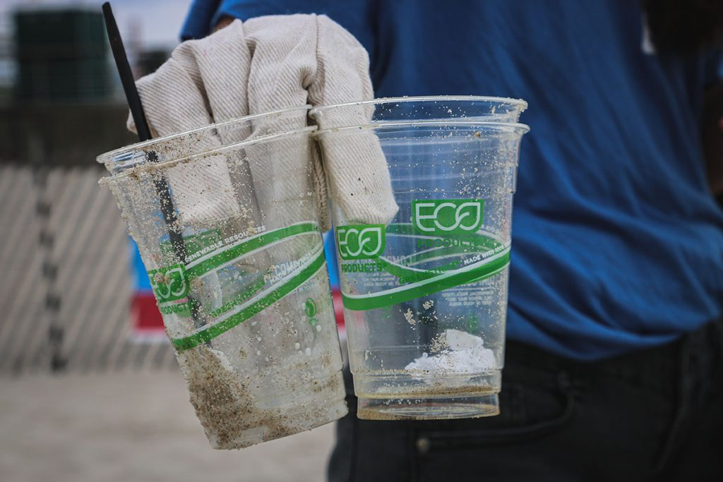 greenwashing-plastic-thedailygreen