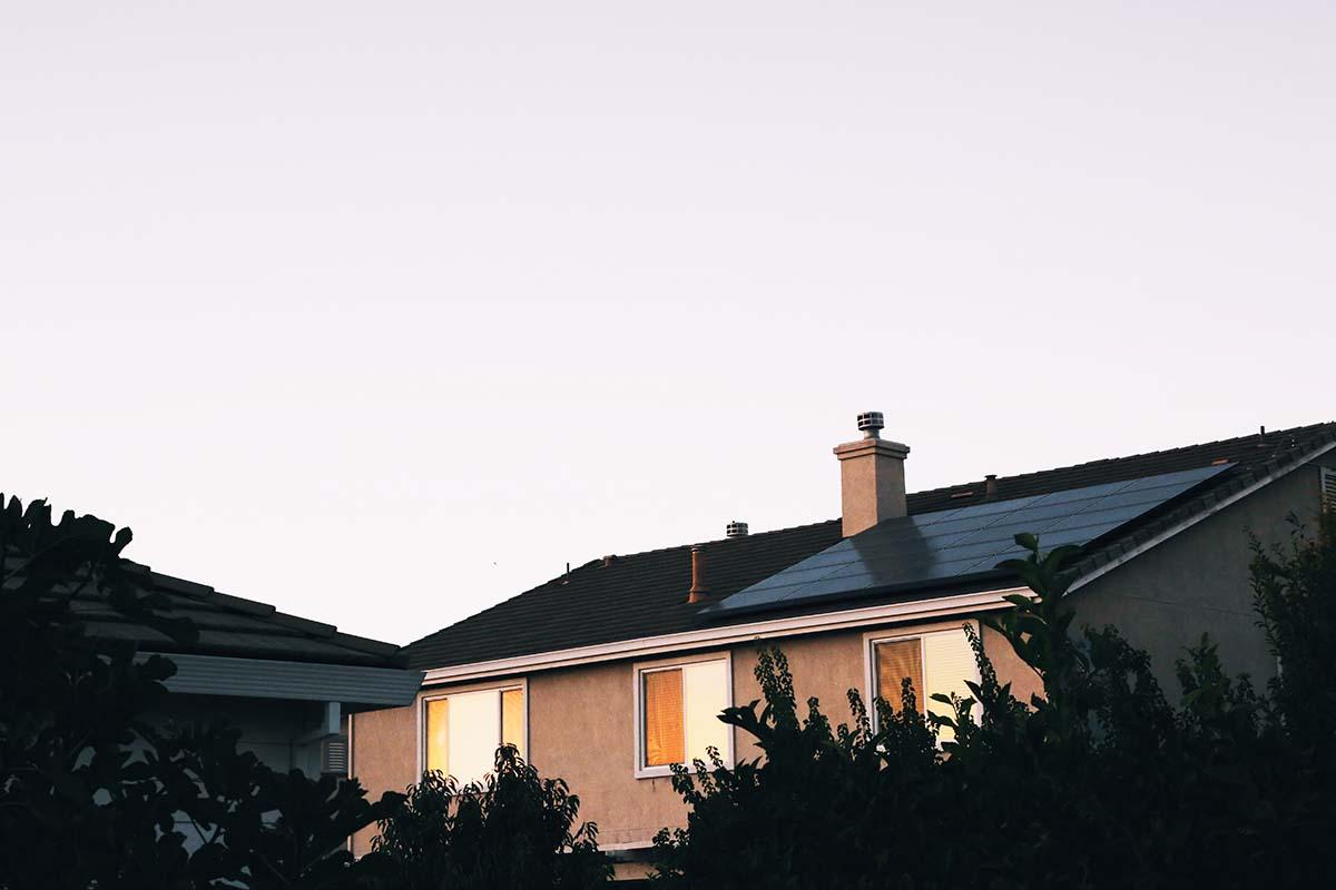 onderhoud-zonnepanelen-thedailygreen